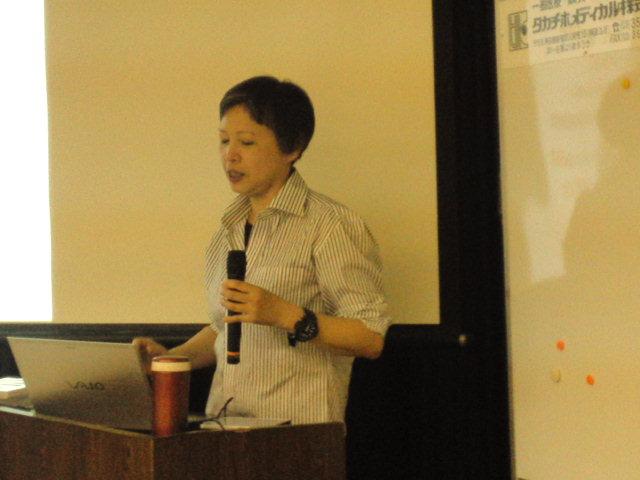 講師の岩井千佳子先生